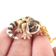 Porcelain Banded Gecko Lizard Shaped Ceramic Animal Pendant Necklace