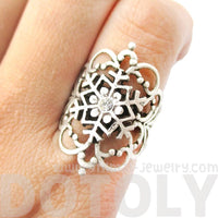 Elegant Antique Silver Floral Filigree And Snowflake Shaped Ring