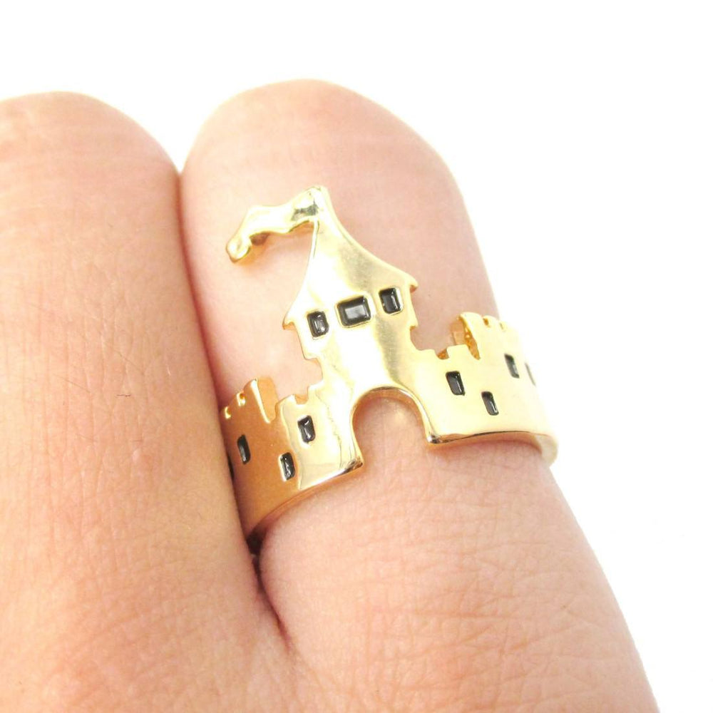 Princess Castle Shaped Ring in Gold | DOTOLY
