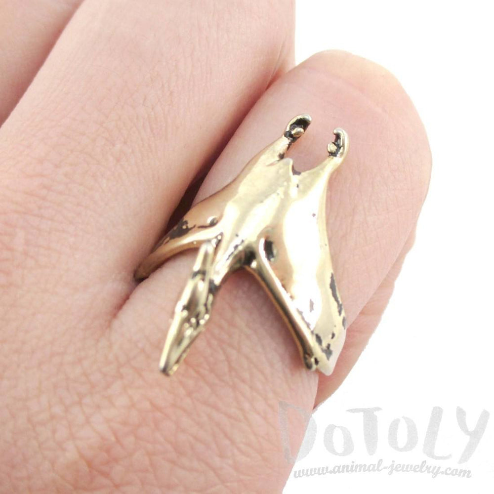 Pterodactyl Dinosaur Shaped Animal Ring in Shiny Gold
