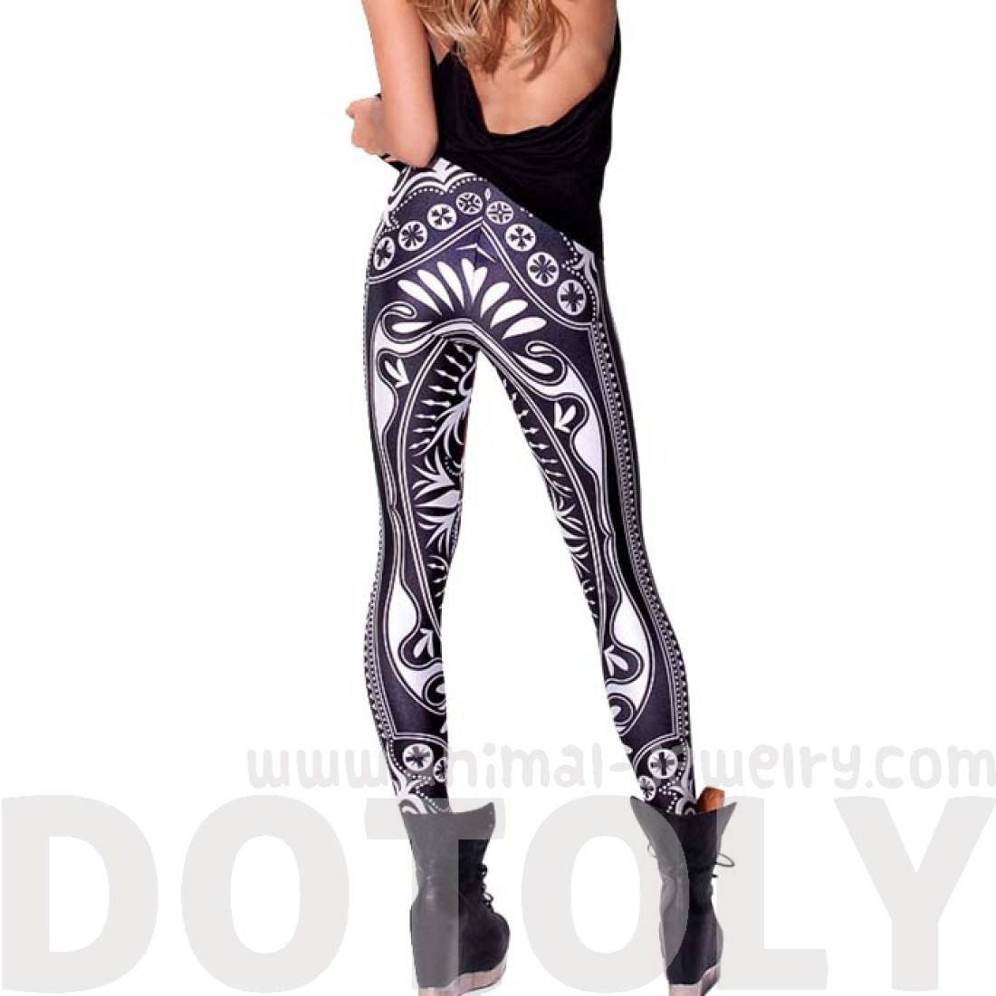 Queen of Hearts Playing Cards Digital Print Comfy Stretch Leggings
