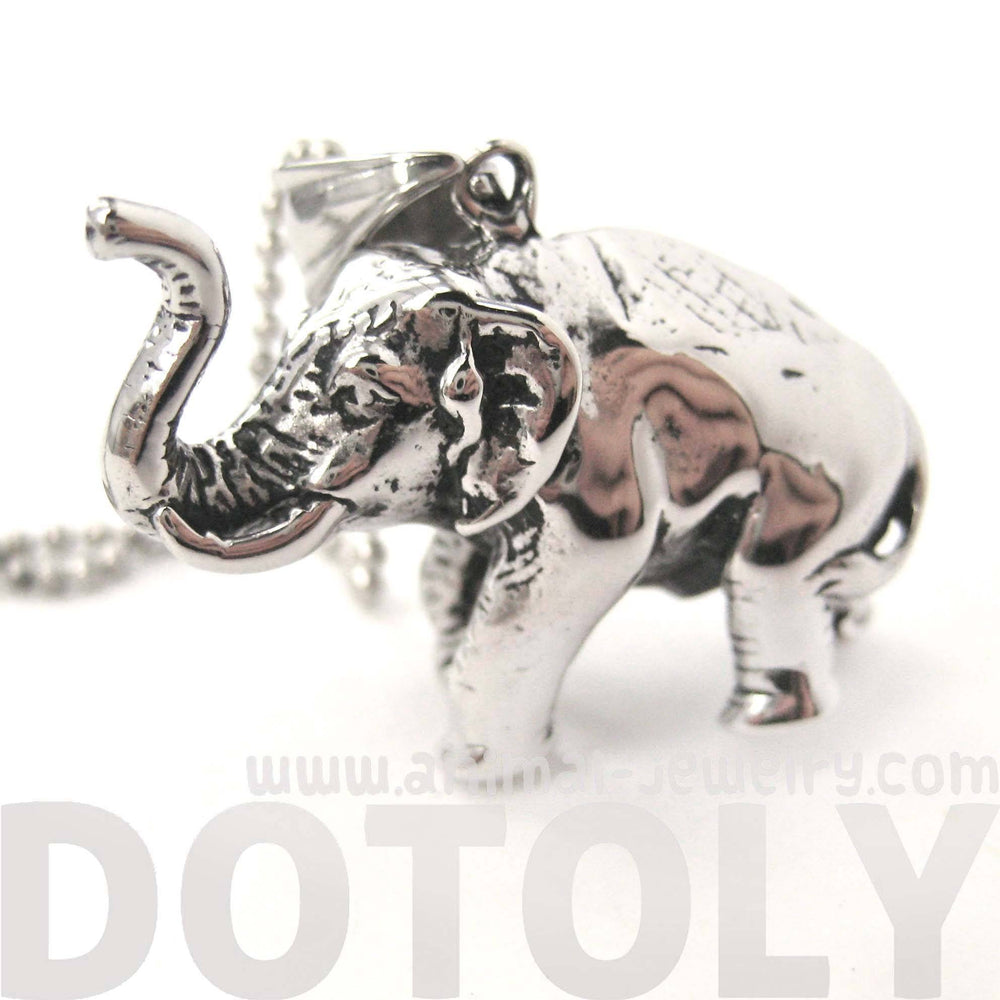 realistic-3d-elephant-animal-pendant-necklace-in-silver-dotoly