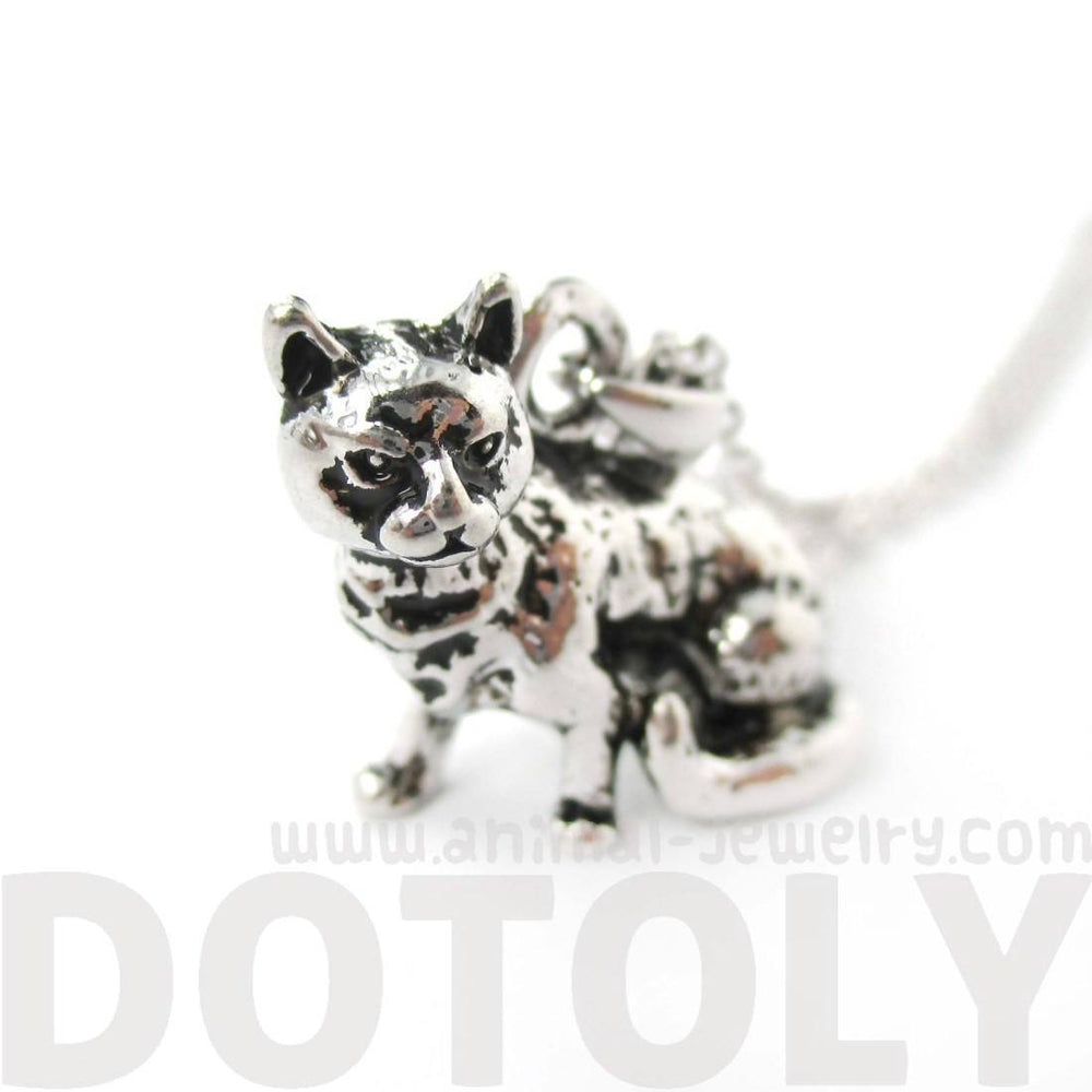 Realistic Grumpy Kitty Cat Shape Animal Charm Necklace in Shiny Silver
