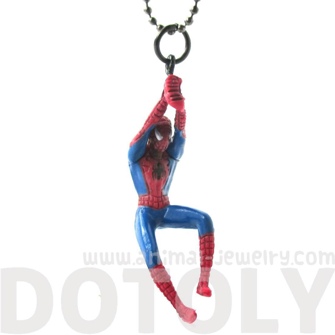 Realistic Swinging Spiderman Shaped Figurine Pendant Necklace