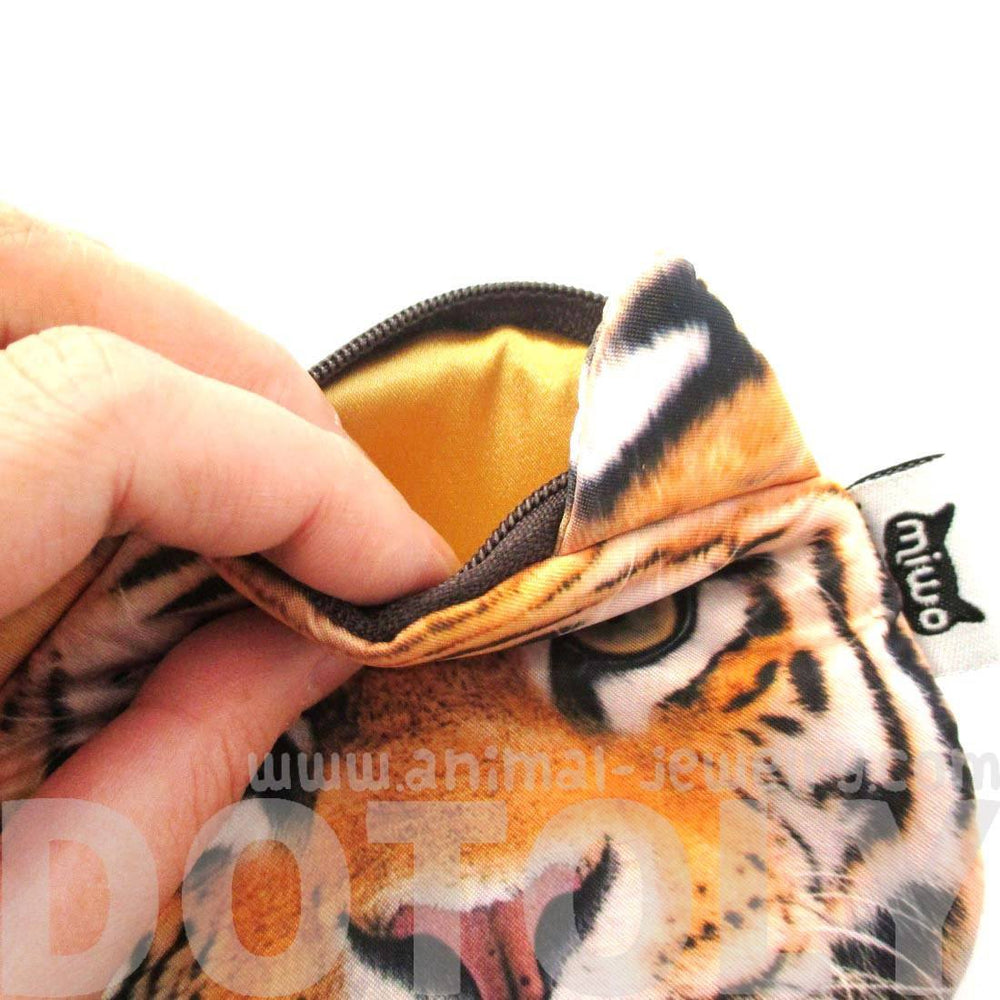 Realistic Tiger Face Shaped Soft Fabric Zipper Coin Purse Make Up Bag