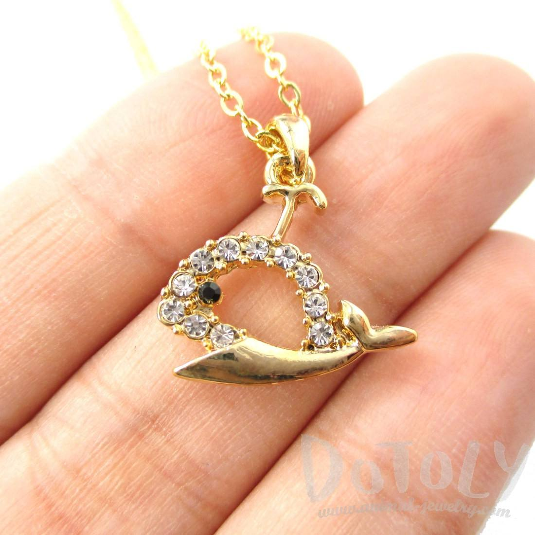 Rhinestone Whale Cut Out Shape Pendant Necklace in Gold