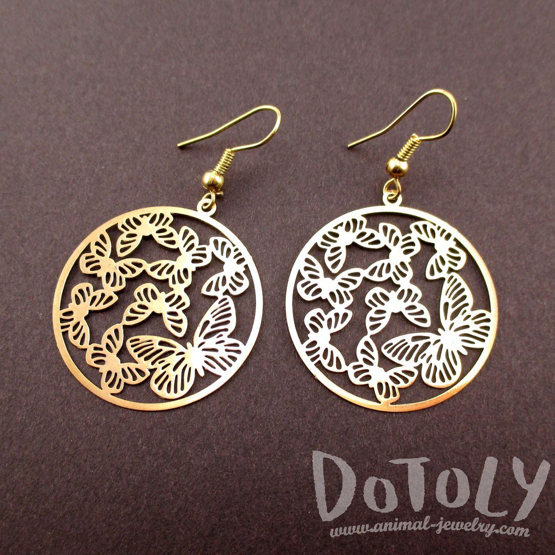 Round Butterfly Pattern Filigree Cut Out Shaped Dangle Earrings in Gold