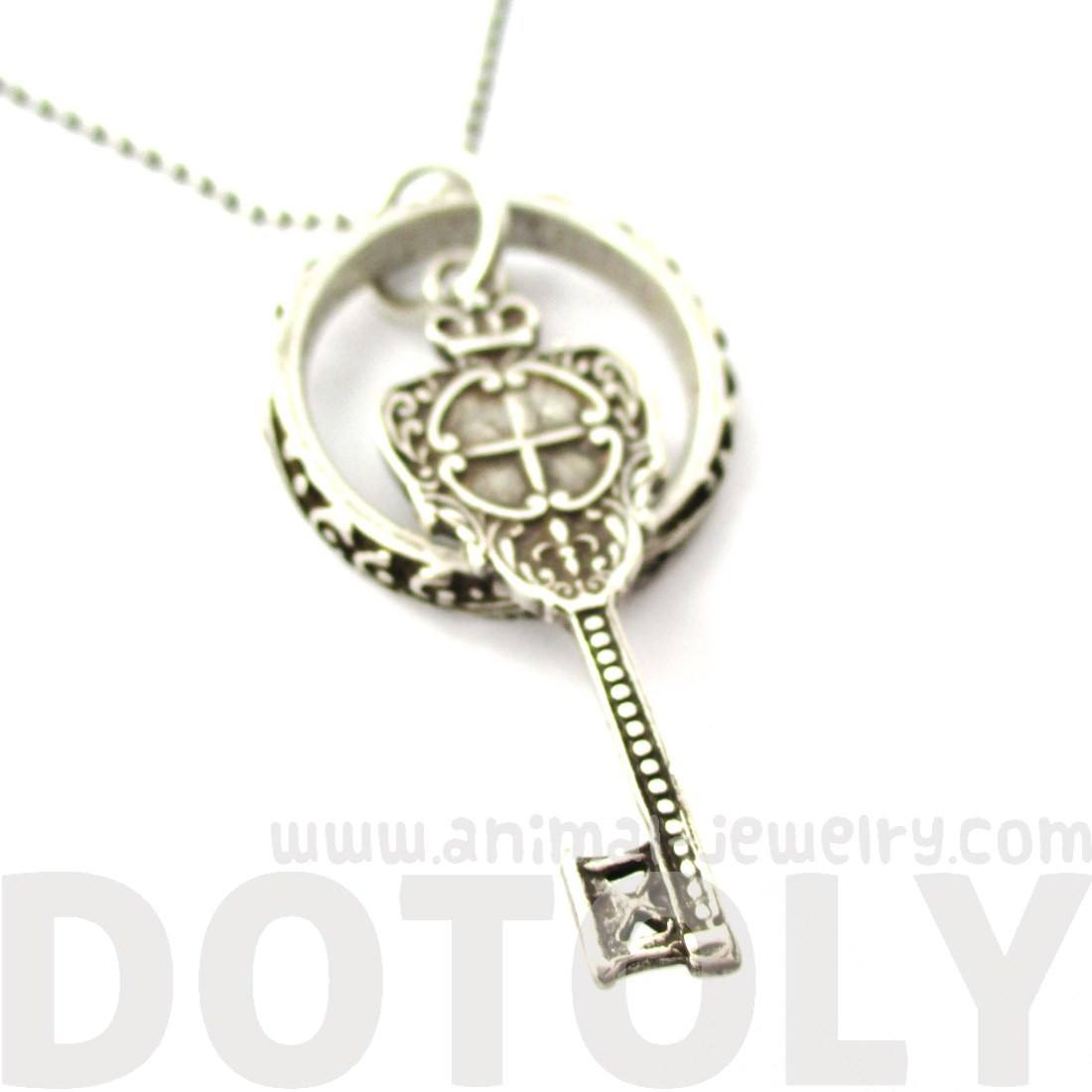 Skeleton Key Filigree Hoop Pendant Necklace in Silver