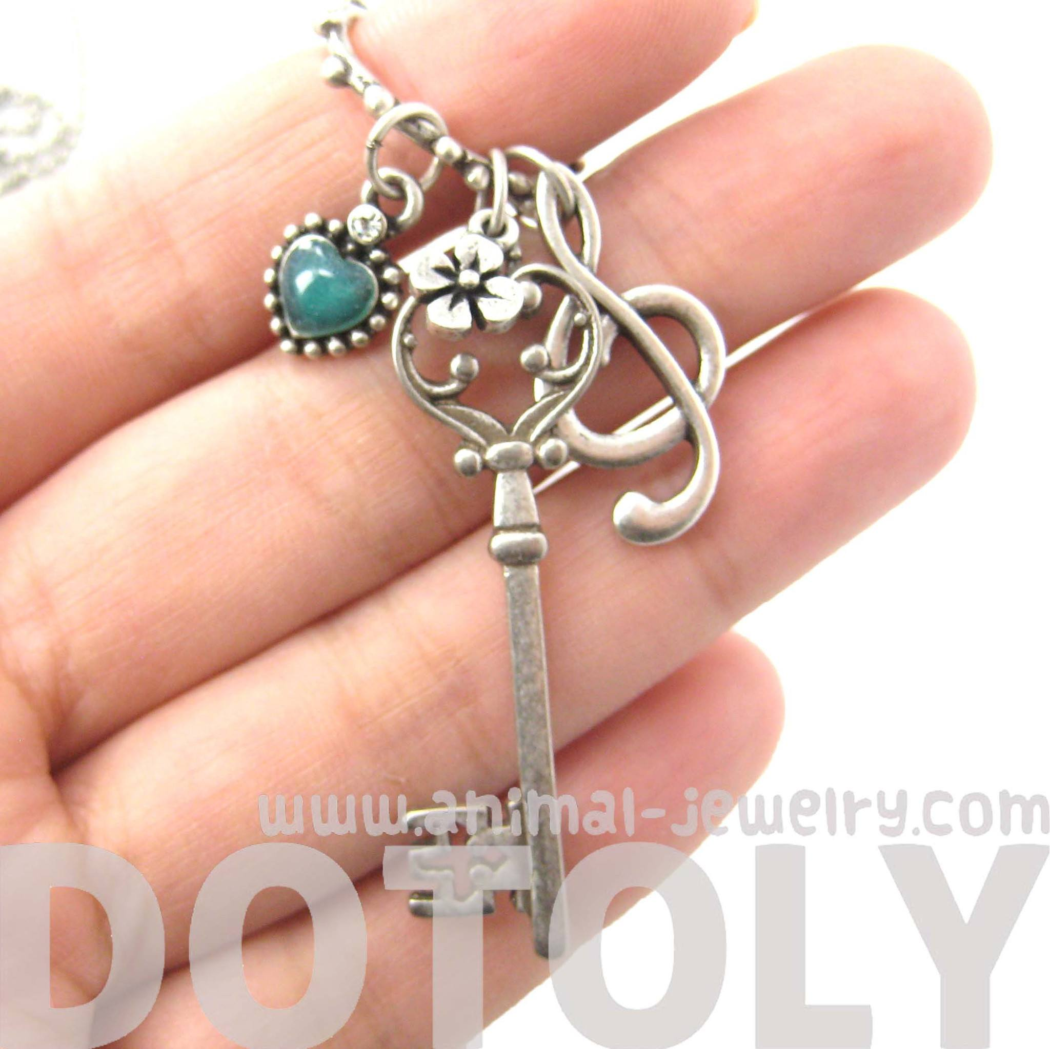 skeleton-key-heart-and-treble-clef-pendant-necklace-in-silver-dotoly