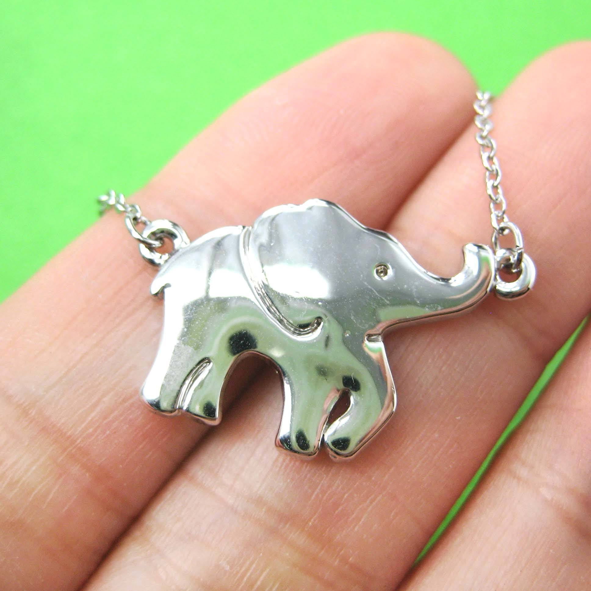 sleek-and-simple-elephant-animal-pendant-necklace-in-silver-dotoly