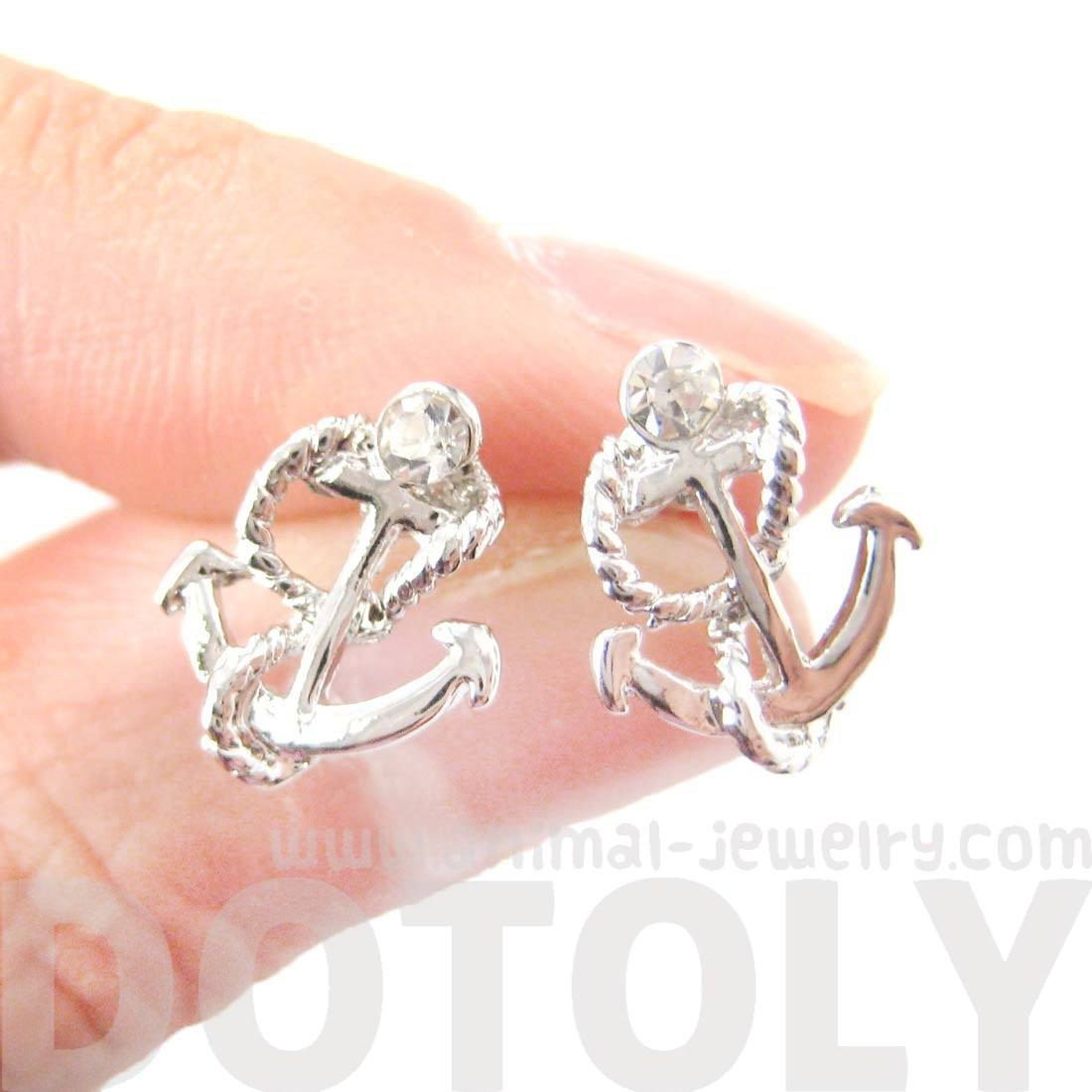 Small Anchor and Rope Shaped Nautical Themed Stud Earrings in Silver