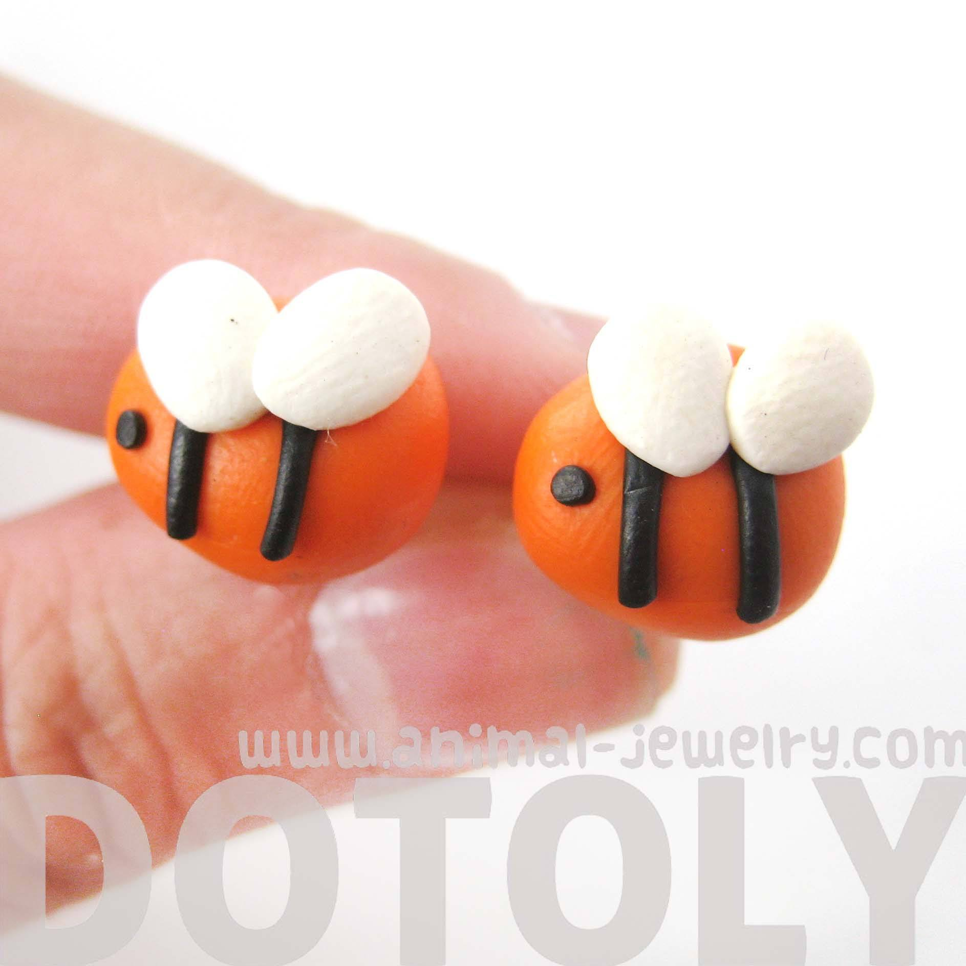 small-bee-shaped-animal-themed-polymer-clay-stud-earrings-dotoly