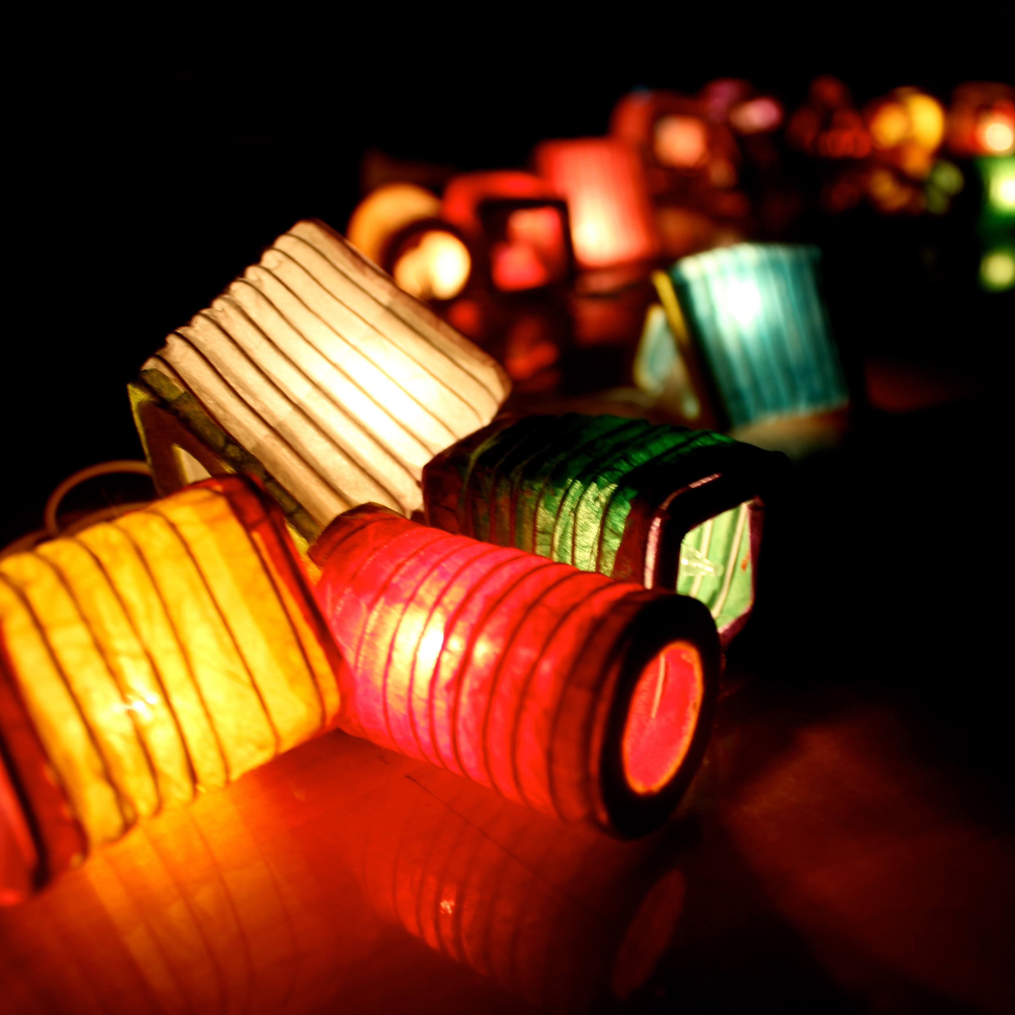 small-lantern-shaped-handmade-mulberry-paper-string-lights