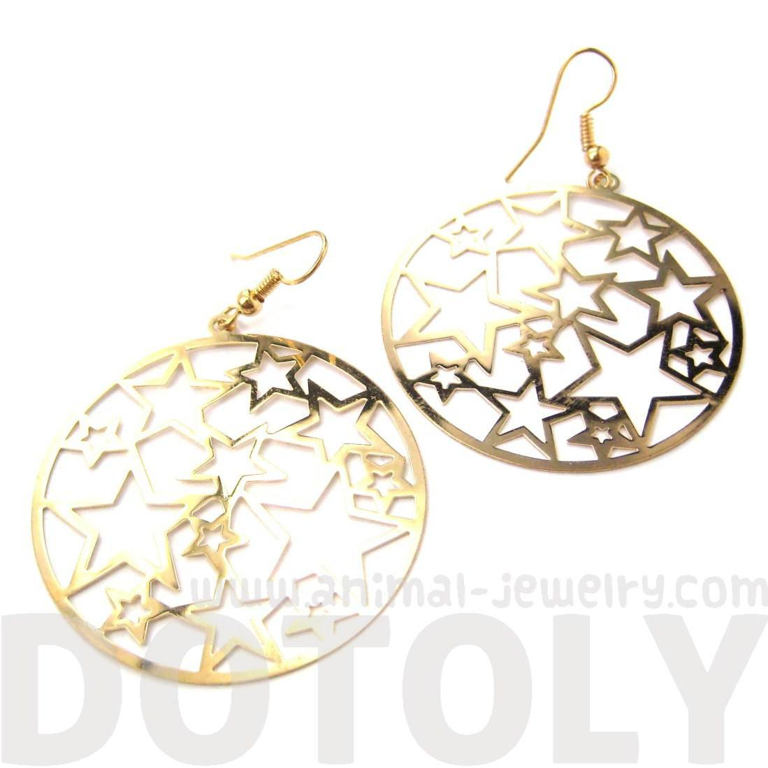 Star Outline Cut Out Round Disk Shaped Dangle Drop Earrings in Gold