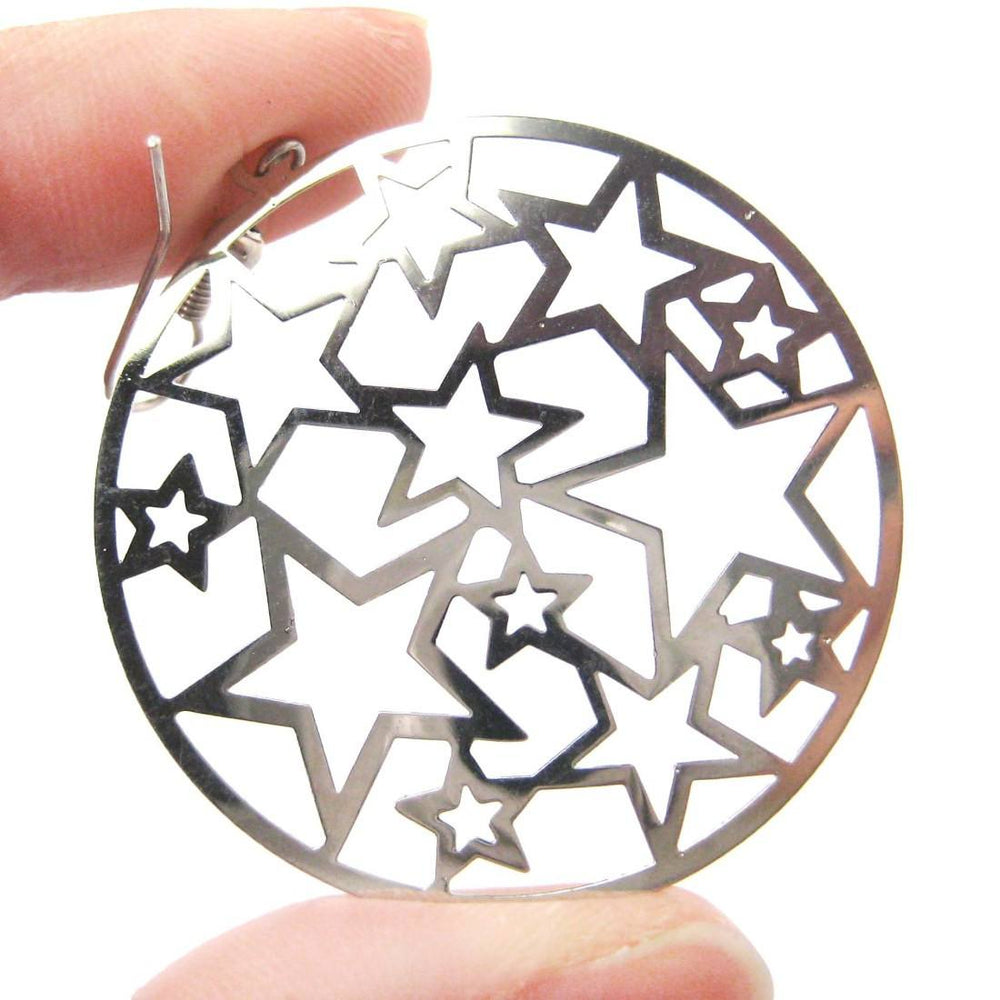 Star Outline Cut Out Round Disk Shaped Dangle Drop Earrings in Silver