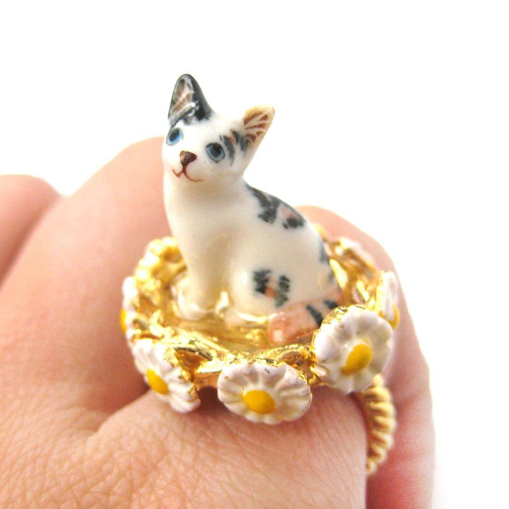 Striped Tabby Kitty Cat Ceramic Porcelain Daisy Border Animal Ring