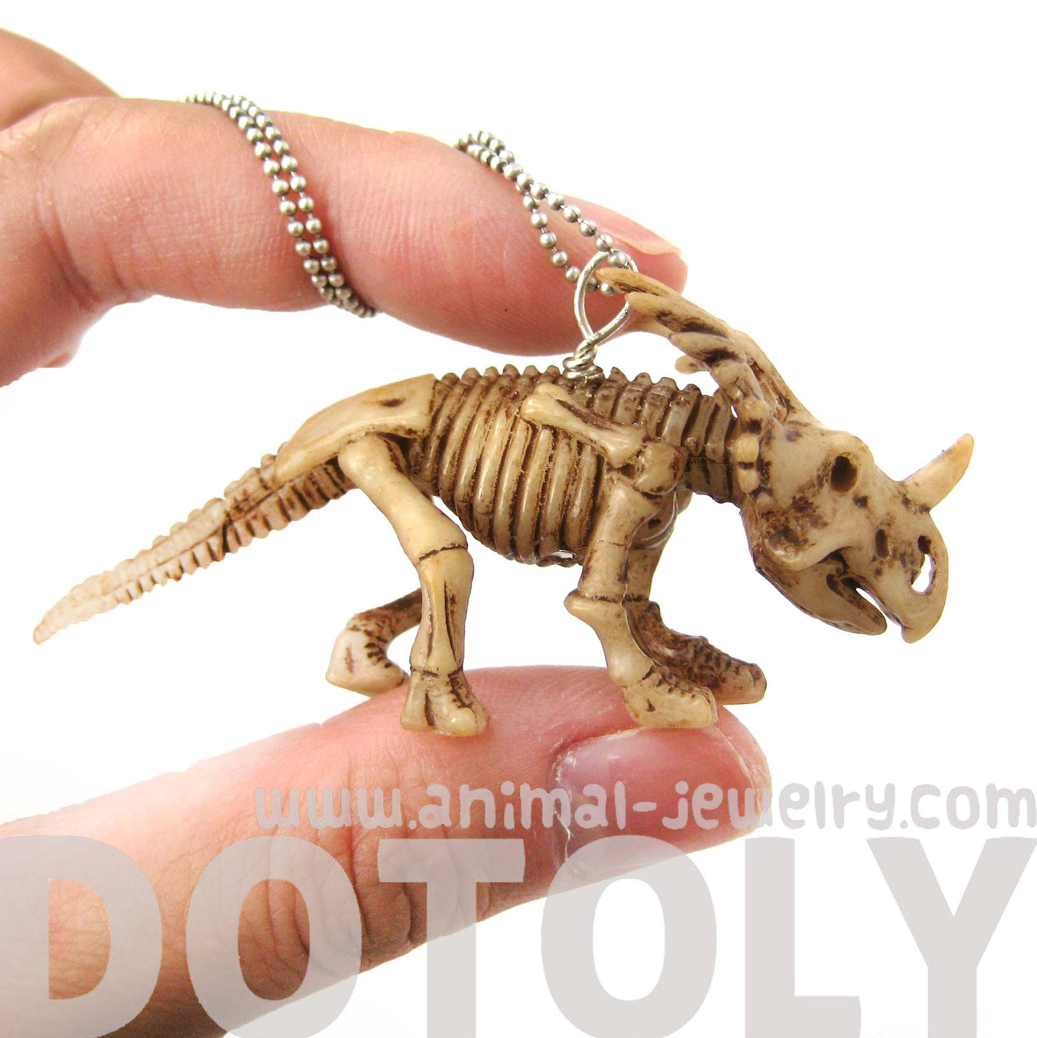 styracosaurus-triceratops-dinosaur-fossil-skeleton-pendant-necklace-animal-jewelry