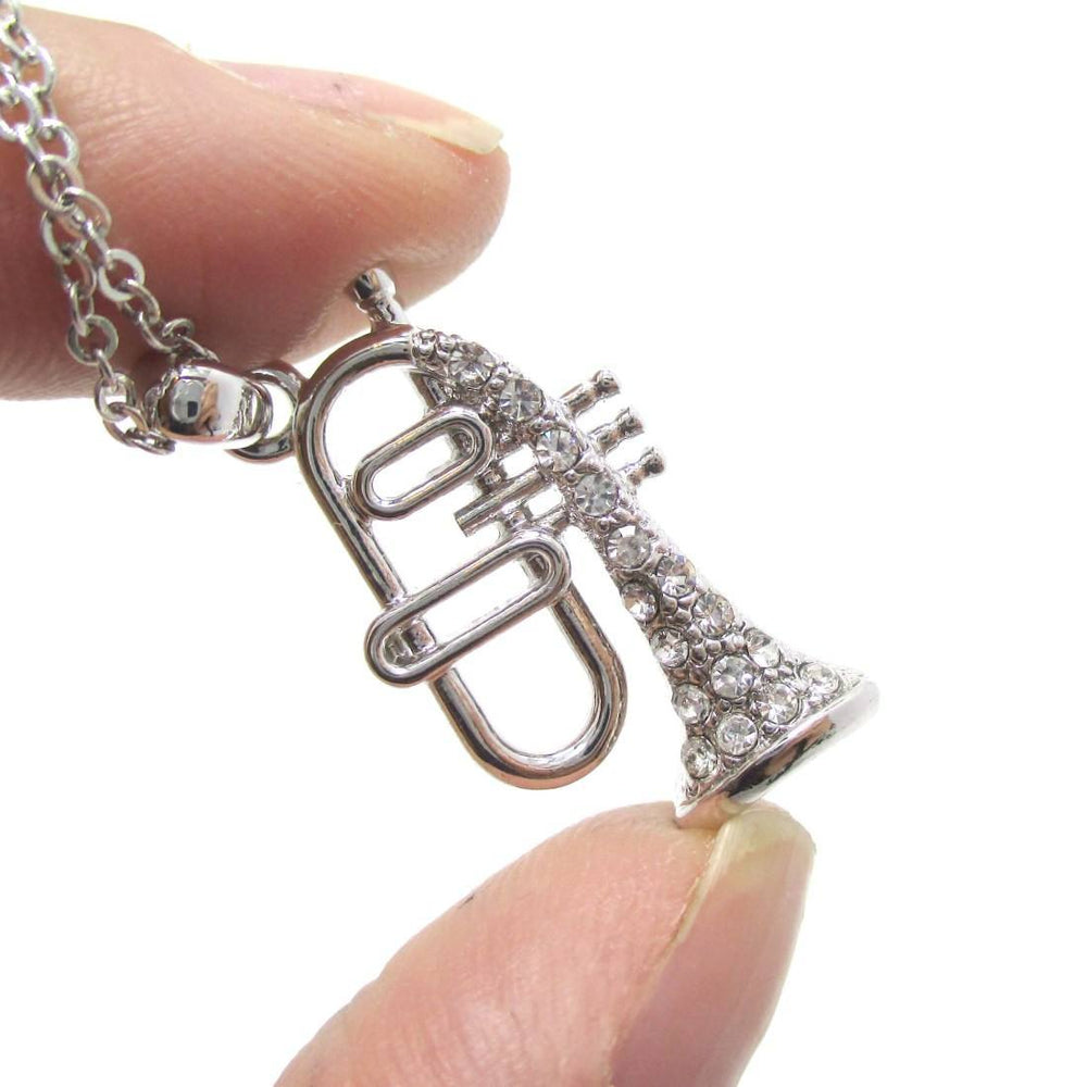 Trumpet Shaped Rhinestone Pendant Necklace in Silver