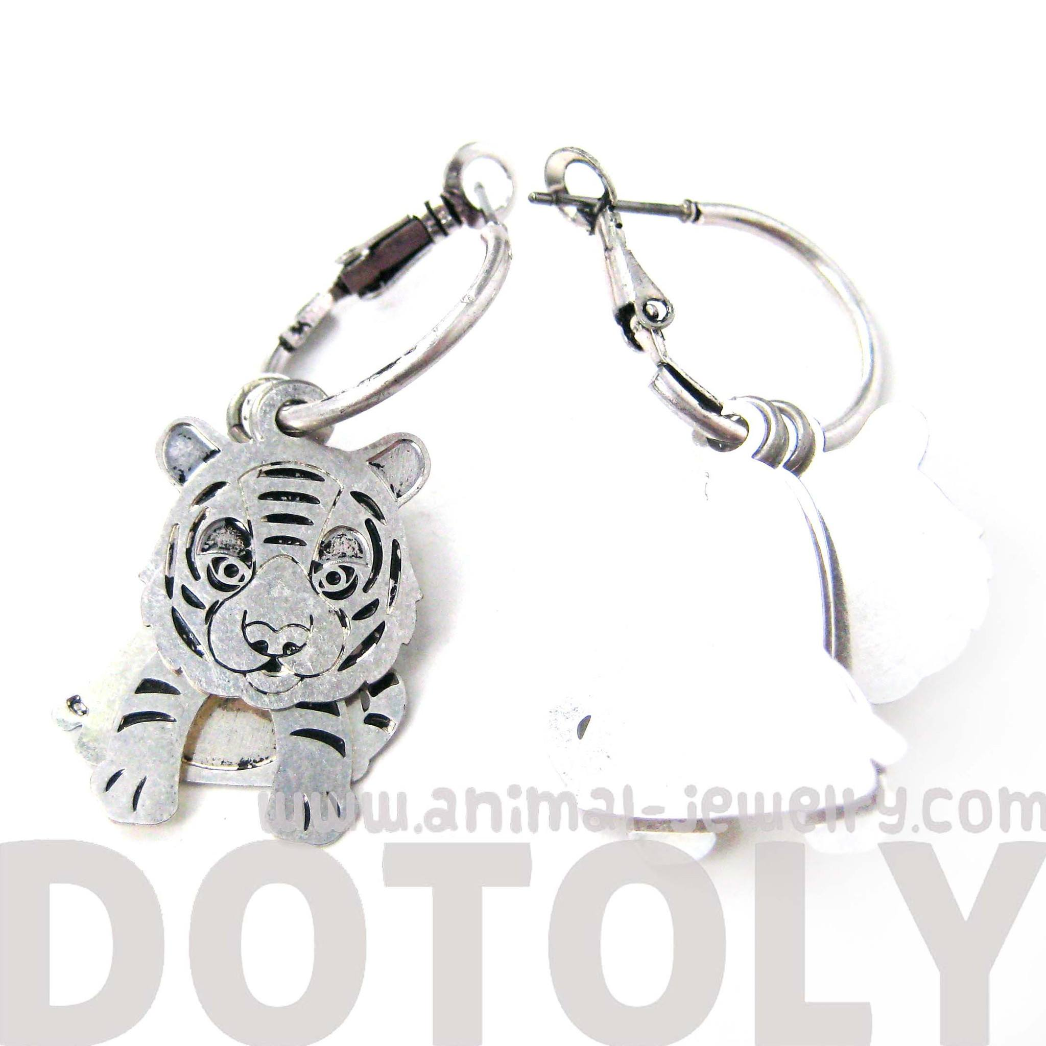 unique-3d-baby-tiger-shaped-dangle-earrings-in-silver-animal-jewelry