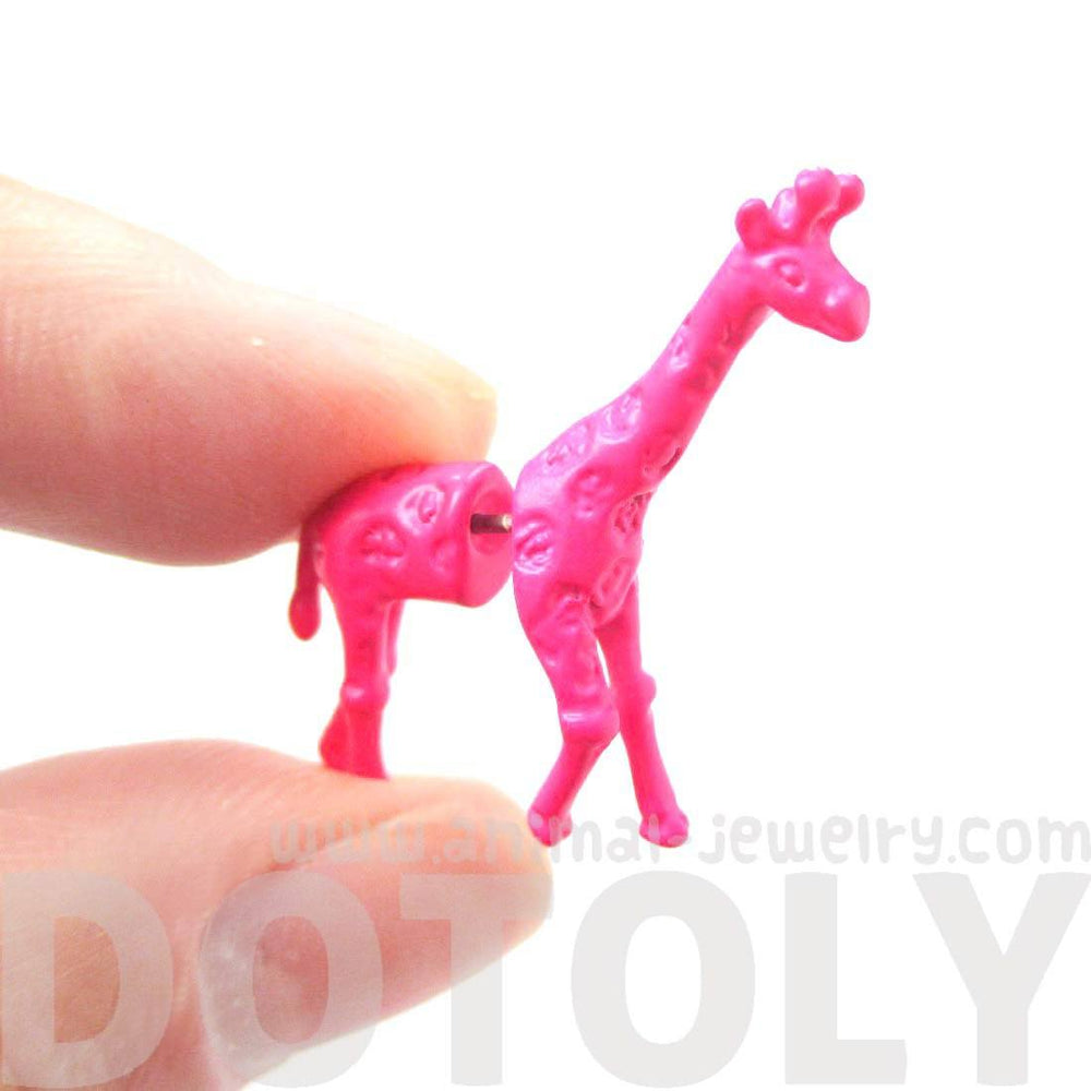 Realistic Giraffe Shaped Animal Plug Fake Gauge Stud Earrings in Pink