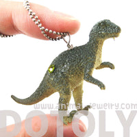 velociraptor-raptor-dinosaur-shaped-pendant-necklace-animal-jewelry