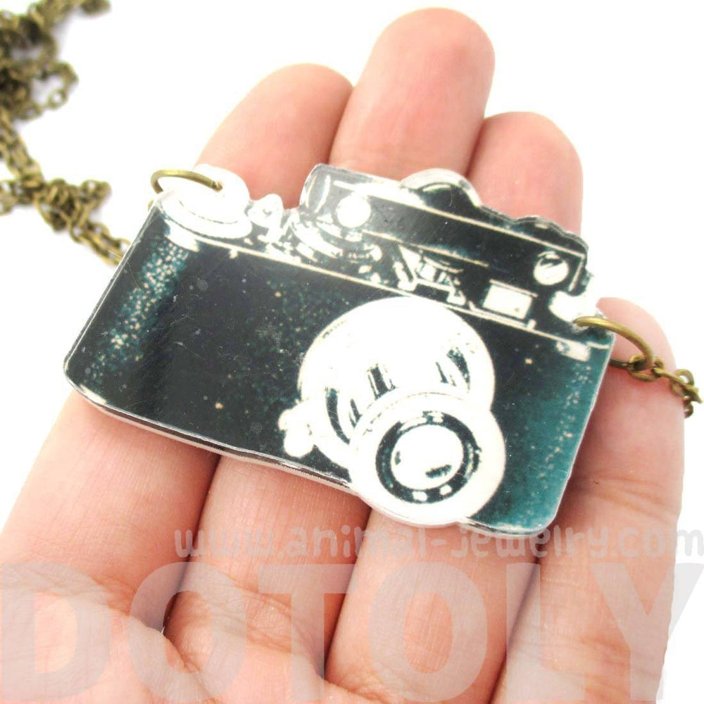 Vintage Camera Shaped Acrylic Illustrated Pendant Necklace | DOTOLY