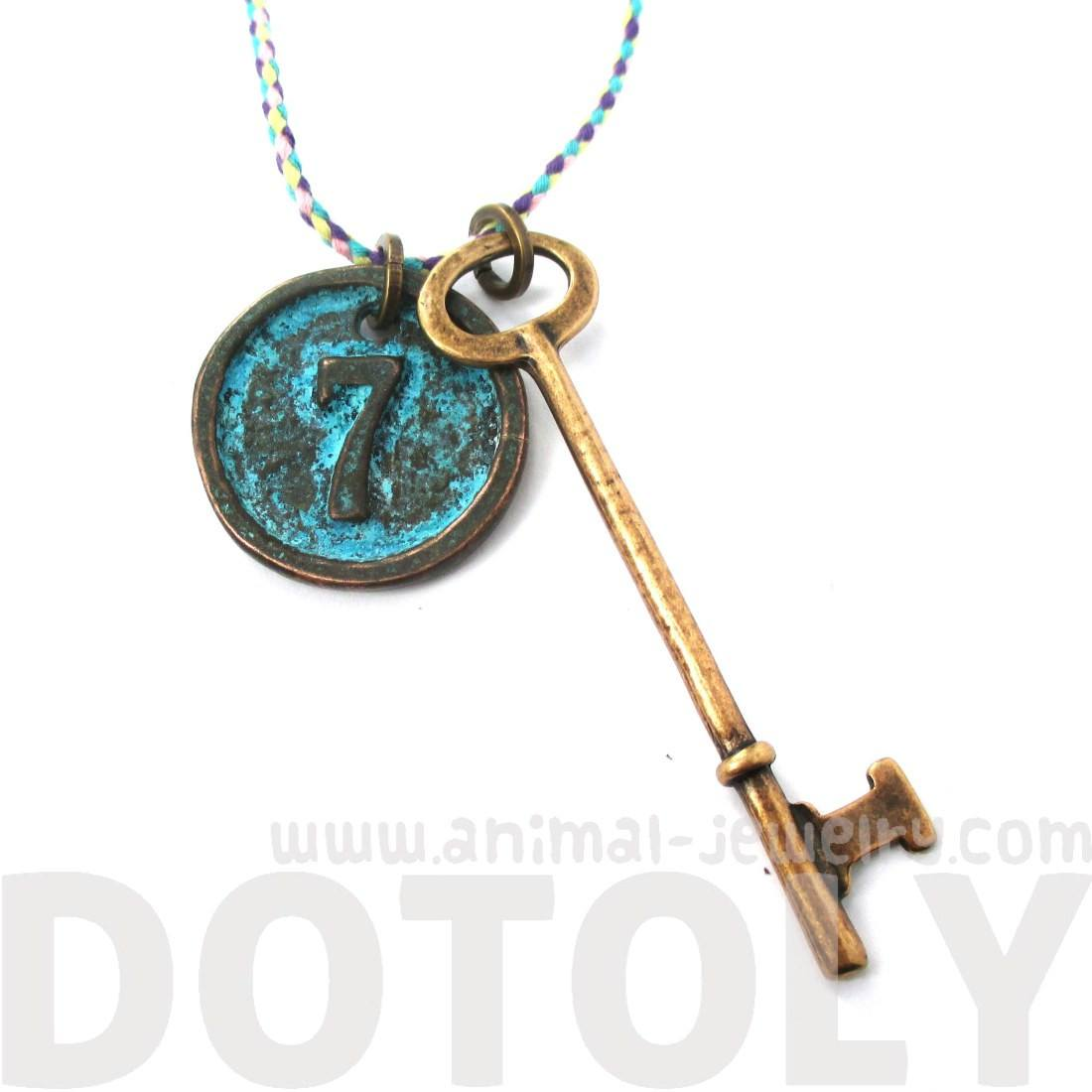 Vintage Skeleton Key and Round Room Number Pendant Necklace