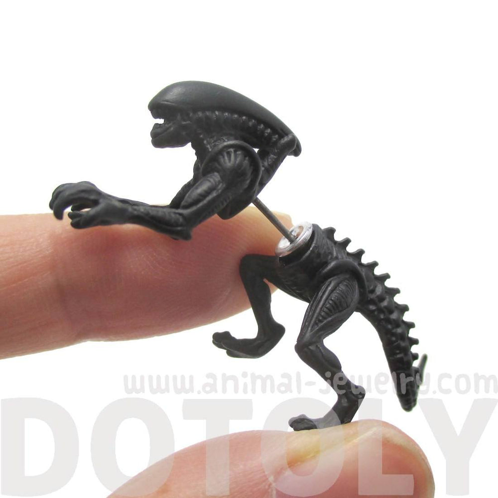 Xenomorph Alien vs. Predator AVP Shaped Front and Back Stud Earrings in Black | DOTOLY