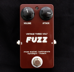 Reuss Vintage Three Volt Fuzz