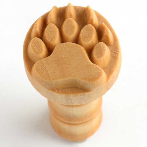 SCM 151 Medium Circle Stamp - Bear Claw