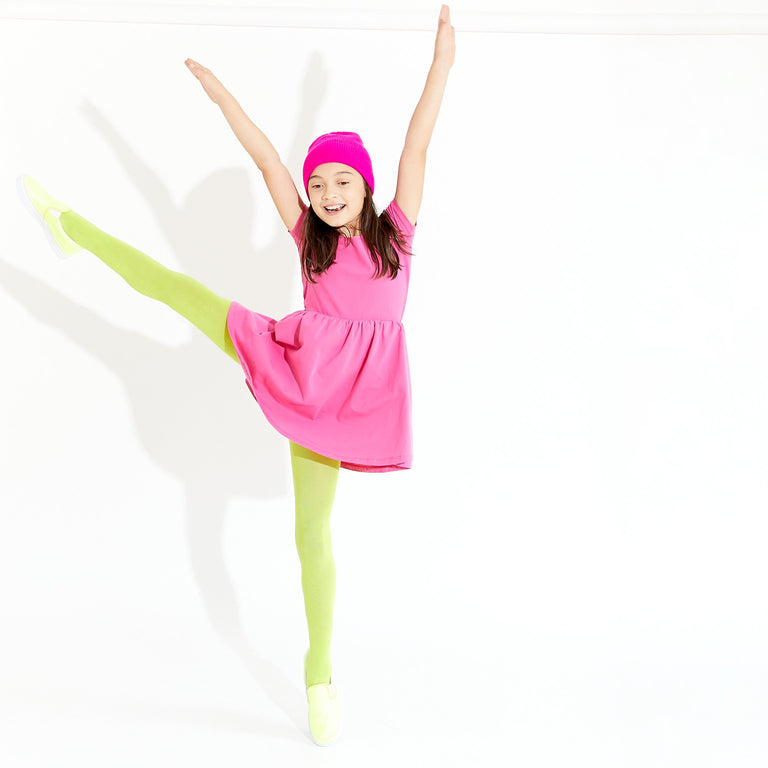 WASABI TIGHTS WORN BY CHILD DOING BALLET