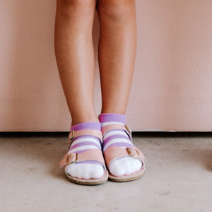 VIOLET STRIPE SHORT SOCKS SHOWN ON CHILD PAIRED WITH PINK SANDALS