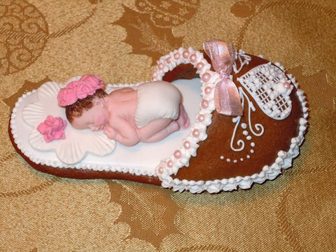 Gingerbread slipper with a baby girl GBS110 5""