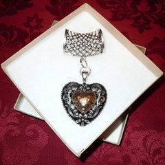 Antique style heart pendant