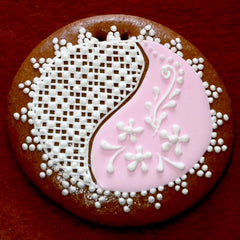 Gingerbread Ornament with lace pattern