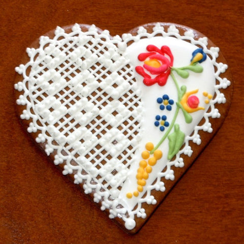 Gingerbread Heart with Norwegian Motif GB314 4""