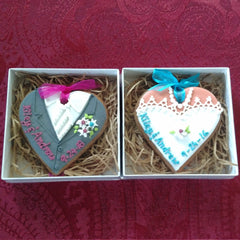 Personalized wedding favors - bride and groom cookies