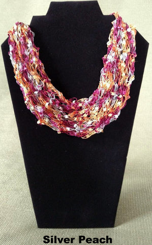 Fashion Knit Necklace - Multicolored