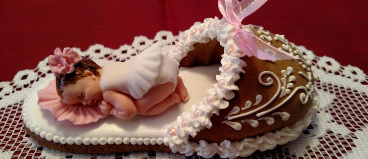 Gingerbread art - Baby Girl in Slipper