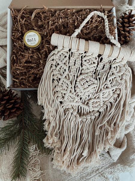 BB Macrame Gift Box