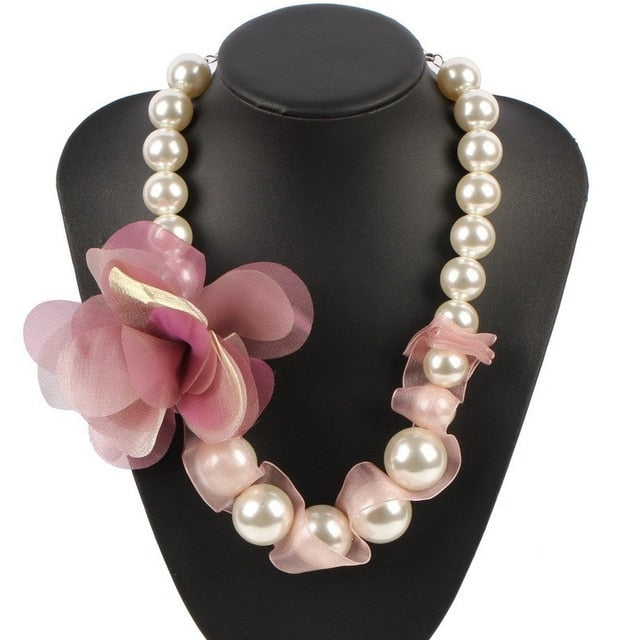 Drag Queen Pearls & Flower Necklace