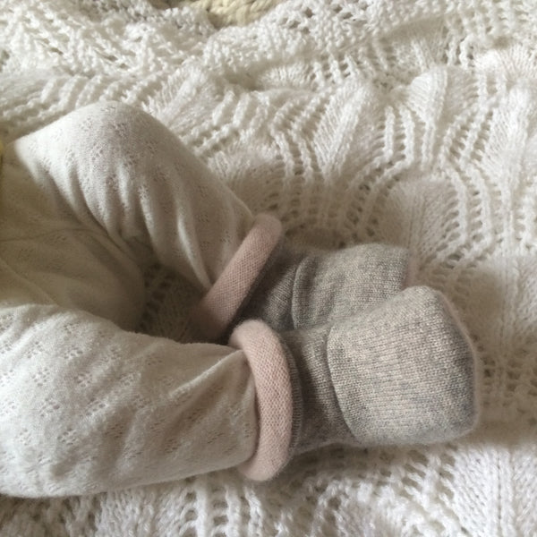 Cashmere booties and hat set 0-3 months