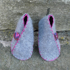 Cashmere  Shoes 6-12 months