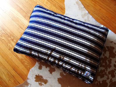 Matching Bed Nautical Navy Blue Stripe - Luxurious Paws