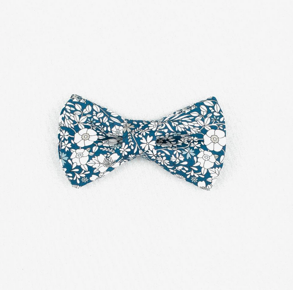 Meadow Bow Tie - Luxurious Paws