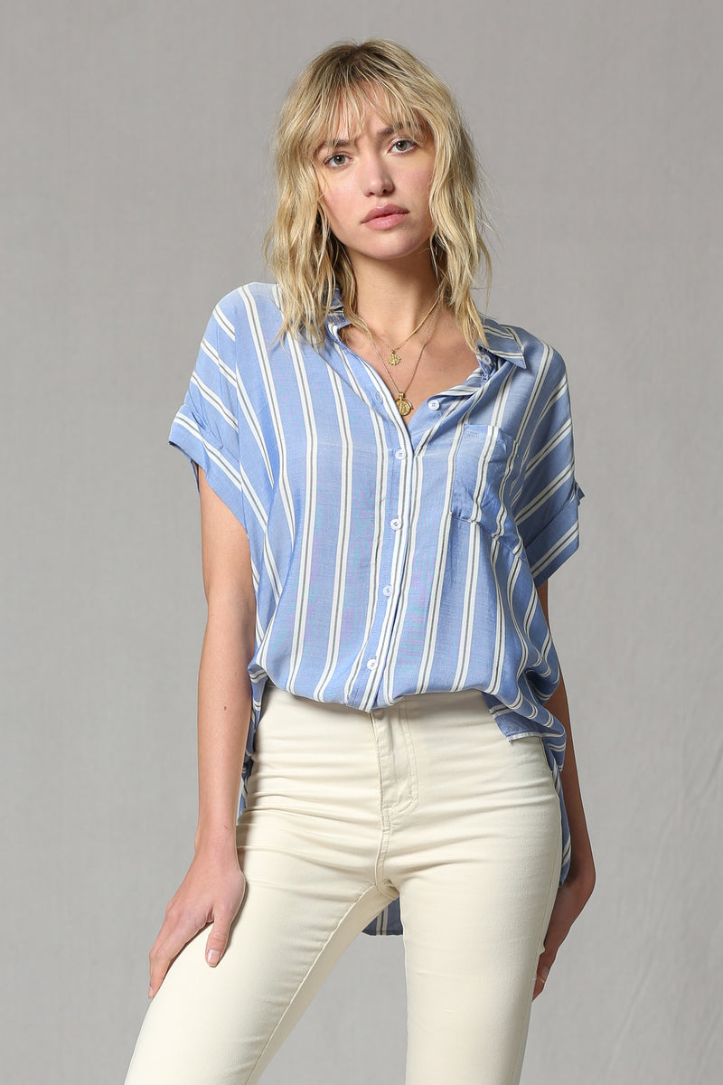 SHORT SLEEVE BUTTON COLLAR STRIPE TOP