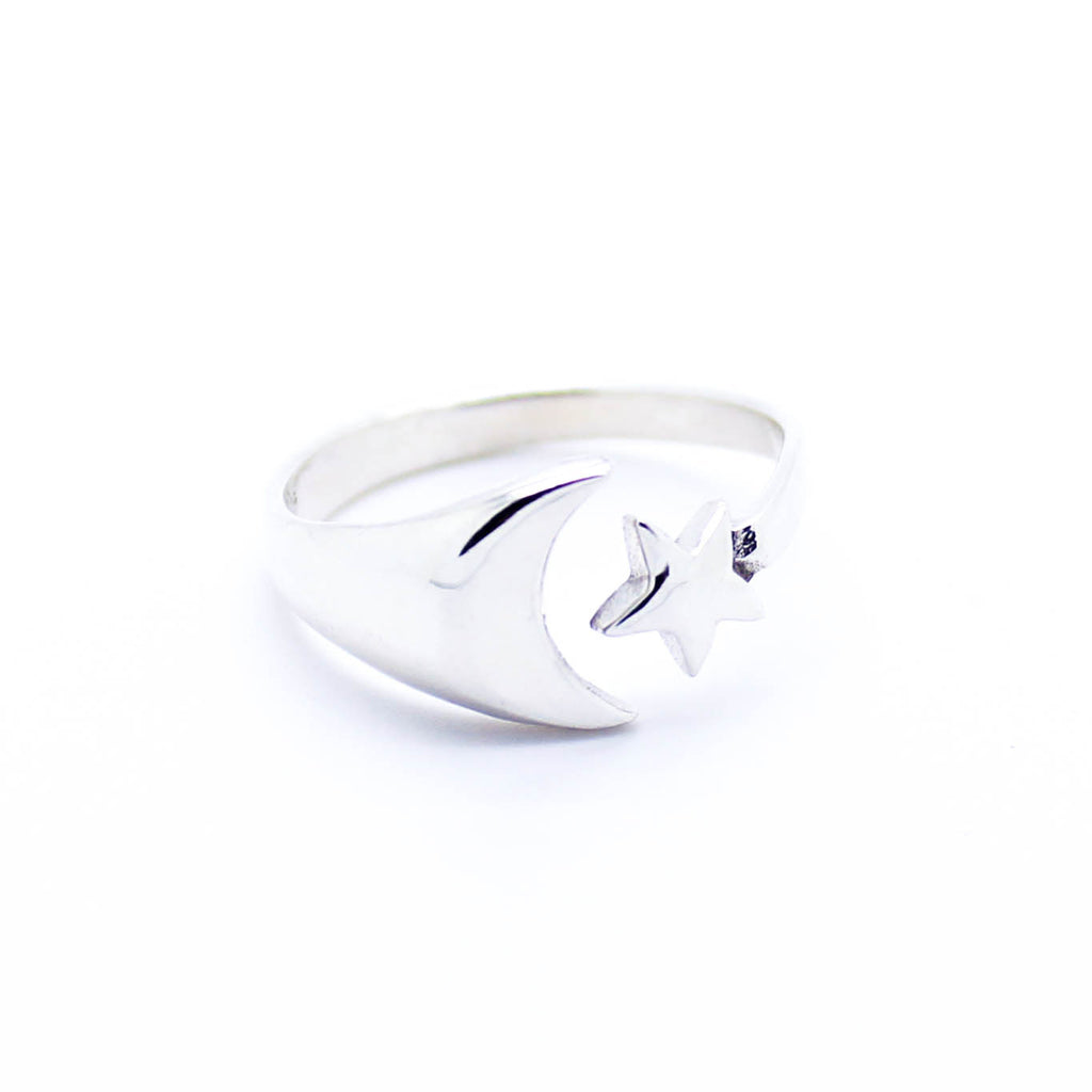 Moon & star sterling silver ring