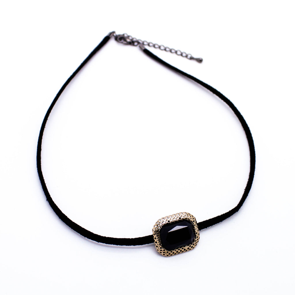 Jewel pendant choker necklace