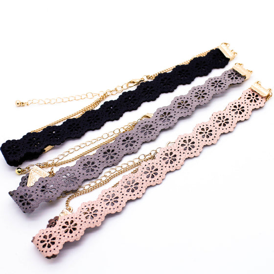 Flower cut choker necklace