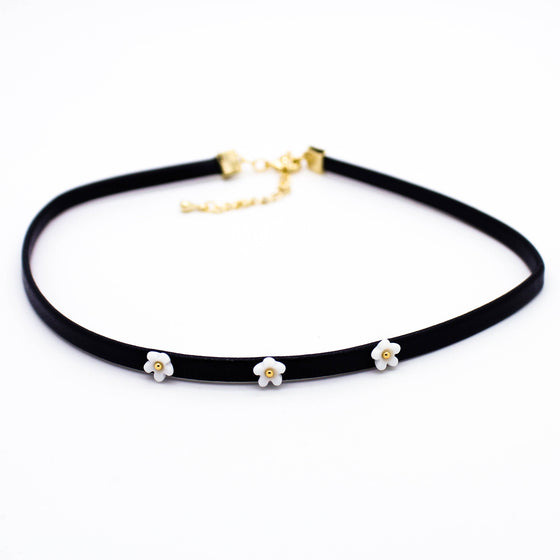 Daisy leather choker necklace